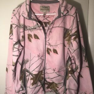 Cabela's pink camo fleece jacket